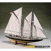 Billing boats - Bluenose II - 1:100 - 600