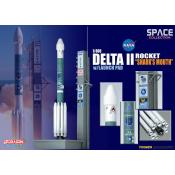 Dragon - Delta II rocket - Sharks mouth - met launch pad - 1:400