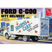 AMT Ford C-600 City Delivery Hostess Cake 1:25 bouwpakket