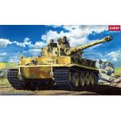 Academy German Heavy Tank Tiger 1 Early Version  1:35 - 13239