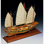 Amati Chinese Pirate Junk houten scheepsmodel 1:100