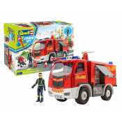 Revell Junior Kit Fire Truck with figure in 1:20 bouwpakket