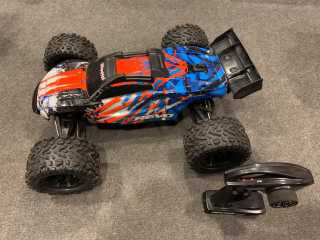 Traxxas E-Revo 2 Brushless Monster Truck RTR TSM 2.4Ghz in een top staat!