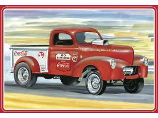 AMT 1940 Willys Pickup Gasser Coca-Cola in 1:25 bouwpakket