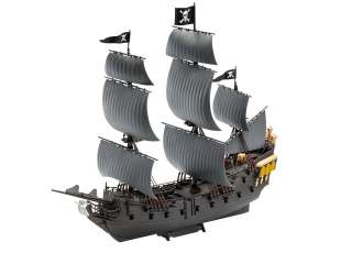 Revell Black Pearl - easy-click system in 1:150 bouwpakket